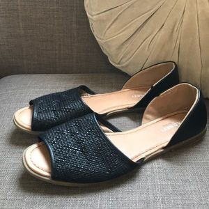Old Navy open toe flats